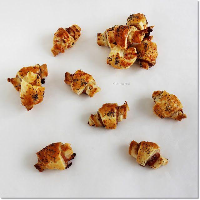 Gizi-receptjei.  Várok mindenkit.: Mini croissant sajttal, baconnel.