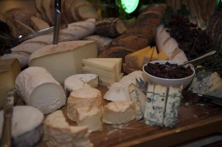 The selection of cheeses warranted their own close up.