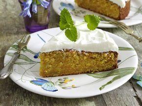 Unser beliebtes Rezept für Saftiger Möhrenkuchen mit Frischkäse-Topping und mehr als 55.000 weitere kostenlose Rezepte auf LECKER.de.
