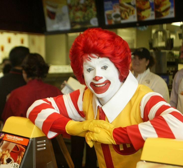How to Make a Ronald McDonald Costume | eHow UK
