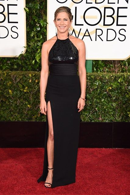 The Golden Globe Awards 2015 // Jennifer Aniston in Yves Saint Laurent
