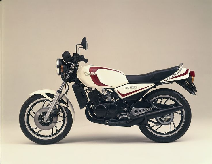Yamaha RD350LC Revealed as Most Popular Motorcycle of the 1980s - http://motorcycleindustry.co.uk/yamaha-rd350lc-revealed-popular-motorcycle-1980s/ - Bennetts, Yamaha RD350LC