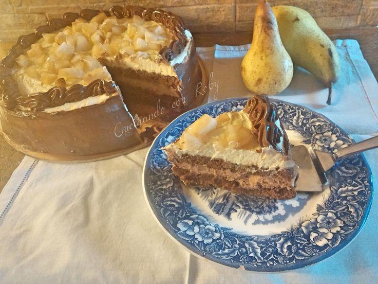 Avete presente le sinfonie? Ecco, questa torta con ricotta pere e cioccolato sa proprio di sinfonia.  L'ho trovata sfogliando il mio amato libro ''Non solo