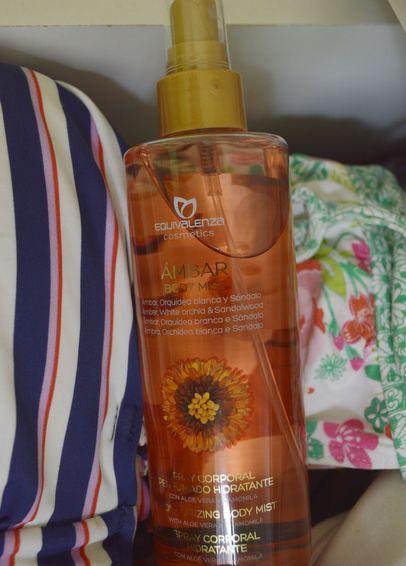 Το καλοκαίρι θέλει χρώμα και άρωμα! #Bodymist #Equivalenza #Amber, White #orchid #Sandalwood #aloevera #chamomile #perfume #beauty #EquivalenzaGreece #summer http://www.equivalenza.com/gr/productos/body-mist/