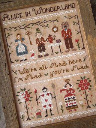 The Little Stitcher: Alice in Wonderland