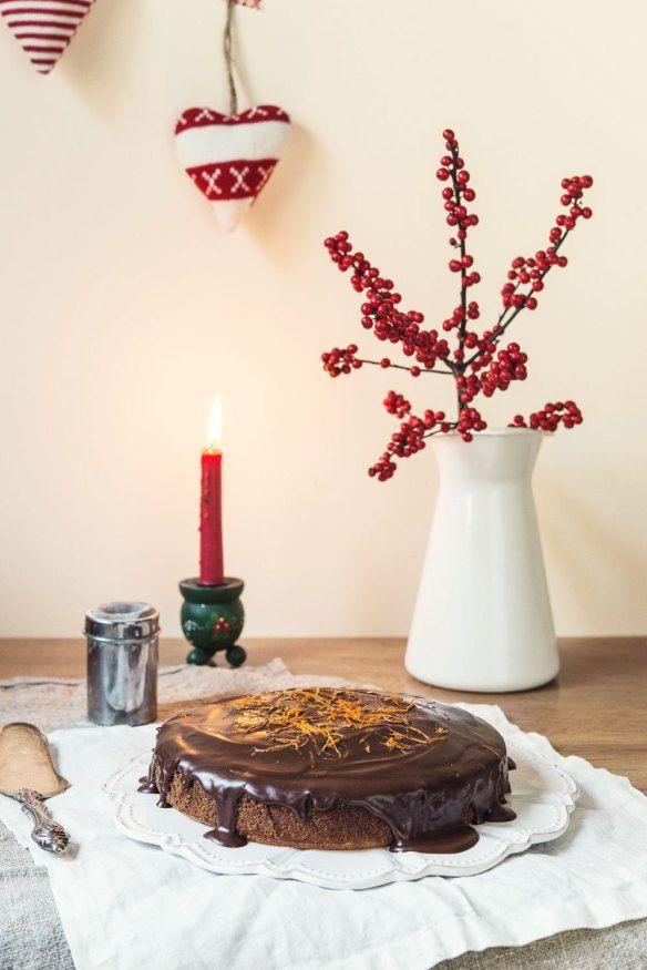 Mañana es Nochebuena {Tarta de clementinas, almendras y chocolate} |