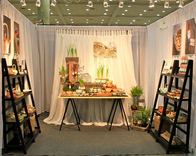 Craft Booth Displays, Craft Booths, Display Ideas, Ladder Display, Ladder  Shelves, Display Shelves, Shelving, Craft Show Ideas, Booth Design