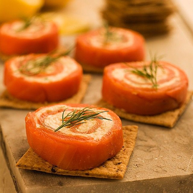 Recipe of the Day!> Smoked Salmon Hors D'oeuvres> Smoked salmon is the ultimate party guest!