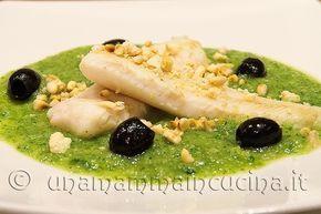 Filetti di merluzzo croccanti con crema di zucchine - http://www.unamammaincucina.it/ricette/filetto-di-merluzzo-croccante-con-crema-di-zucchine-ispirato-ad-una-ricetta-di-simone-rugiati/.