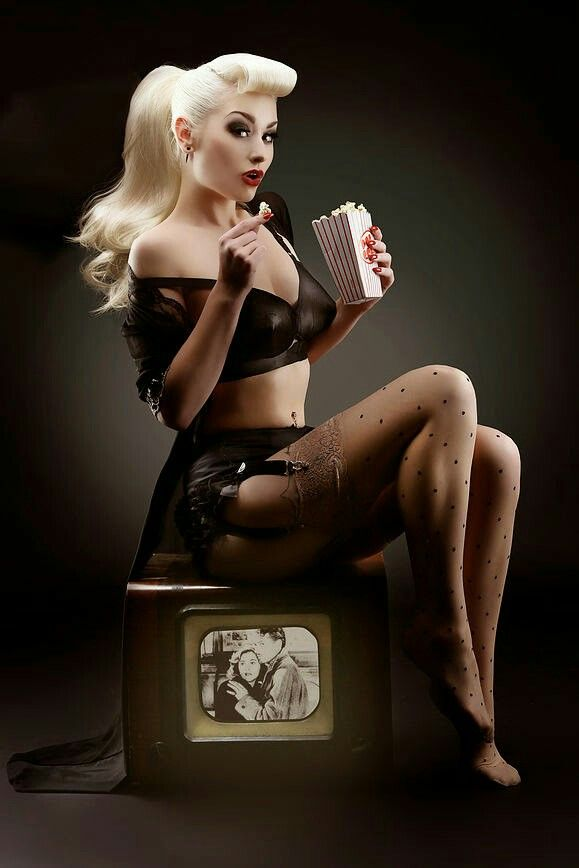 Rockabilly Pinup – http://thepinuppodcast.com re-pinned this because we are trying to make the pinup community a little bit better.