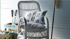 You can achieve the beach theme with wicker by following these tips on -How to paint wicker, cane, rattan and bamboo