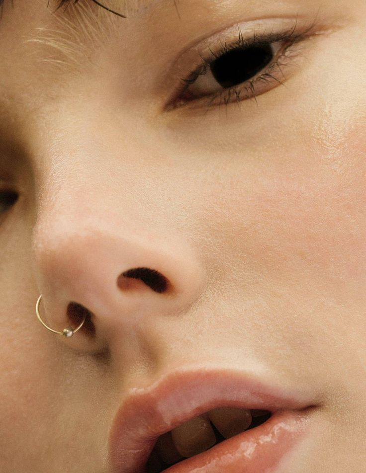 Fresh    pradaphne:  Photo by Mehdi Lacoste for Novembre Magazine.