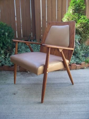 Detroit: DANISH MODERN Lounge Arm Chair $295   Http://furnishlyst.com