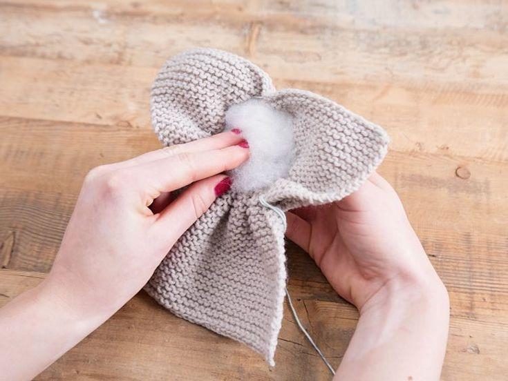Tutorial fai da te: Come fare coniglietto pasquale a maglia per principianti via DaWanda.com