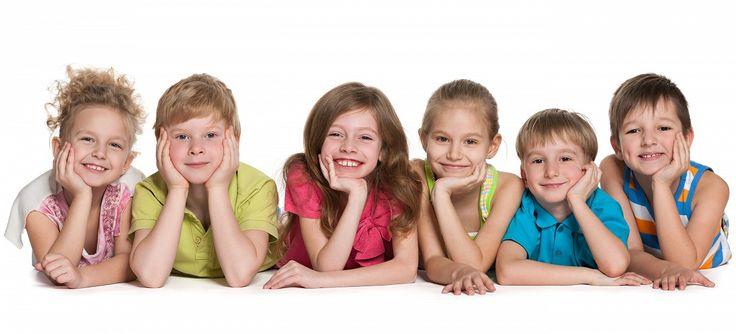 Je důležité u dětí rozvíjet hybnost celého těla, což je hrubá motorika a hybnost ručiček, tedy jemná motorika i obratnost mluvidel je nazývána motorikou mluvních orgánů. Říkadla podporují mluvené slovo, procvičujte denně a chvalte, chvalte a chvalte.