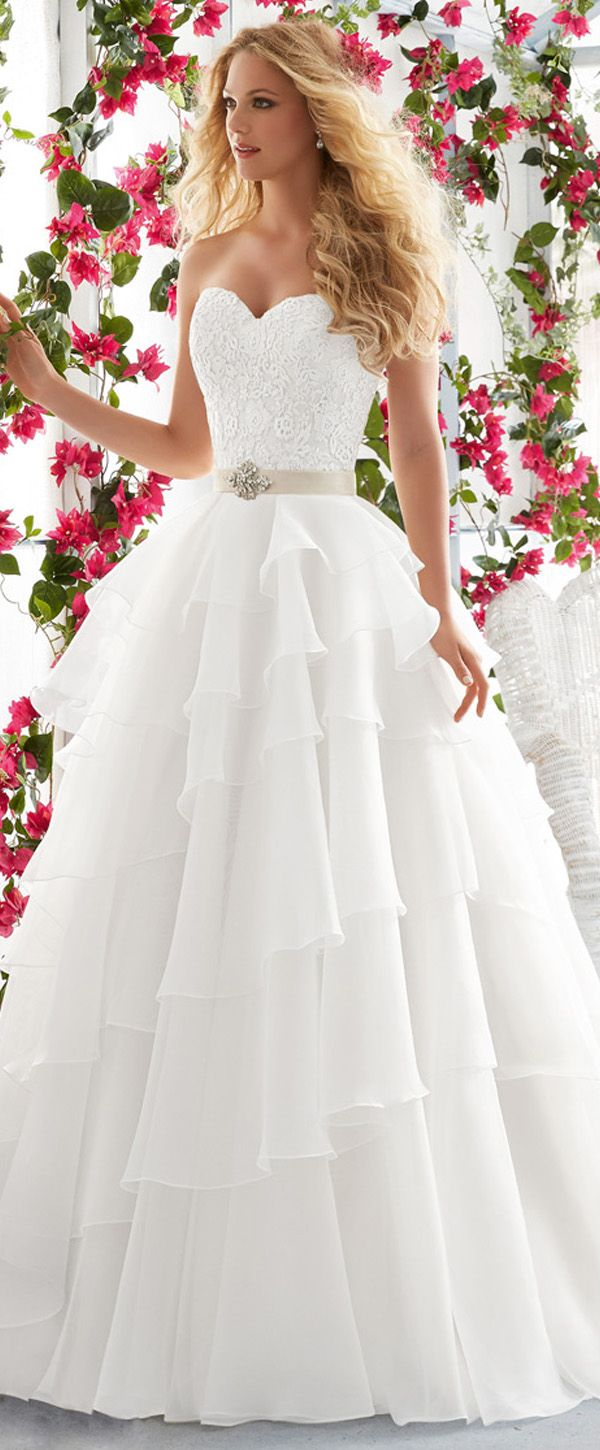 Marvelous Organza Satin Sweetheart Neckline A-line Wedding Dresses with Lace Appliques