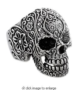 This skull ring is made of Sterling Silver, hand crafted with the Finest Detail giving it a very Masculine and Dark look. Add this manly piece to your collection and see just what kind of attention you will get! But, I'd want it for ME! Isn't it available
