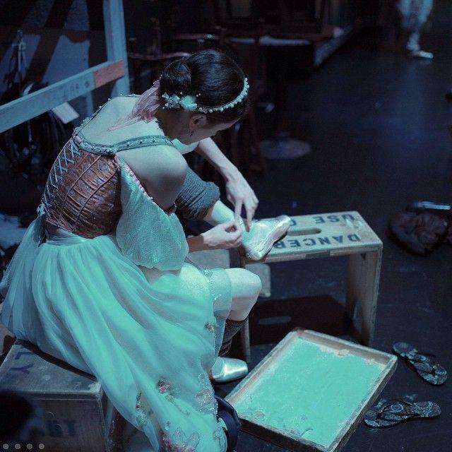 Photo: Back in Brisbane two weeks ago, Melanie Hamrick (@iheartrey) fixing her pointe shoe backstage during Swan Lake… #DegasCliche #a_dancers_life #backstage #Oz #DancersUseOnly #leica - Daniil Simkin