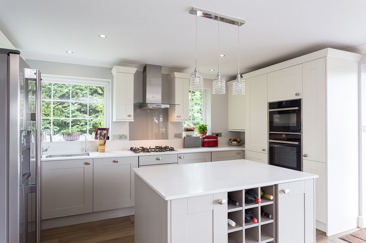 Painted Shaker Kitchen - Broadoak Painted Shaker Kitchen in Parchment and Stone