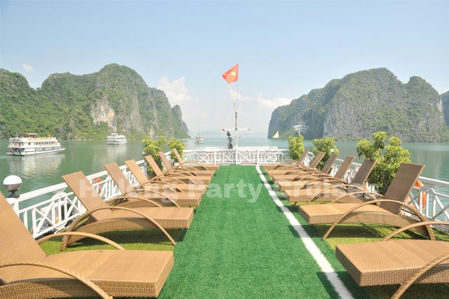 Halong Party Cruise Halong Bay | Best Price + Huge Discount