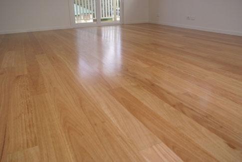 Blackbutt floor