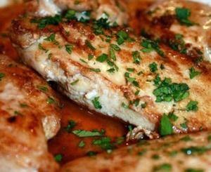 Φιλέτο κοτόπουλο με μυρωδικά στον ατμό