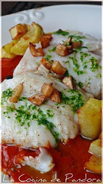MERLUZA CONFITADA EN SALSA DE PIMIENTOS. https://es.pinterest.com/noemicastagnini/recetas-de-cocina-saladas/