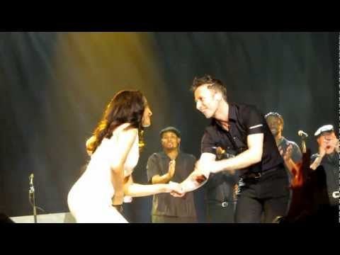 Sade introducing her band....live in concert Sydney 9 Dec 2011 - YouTube