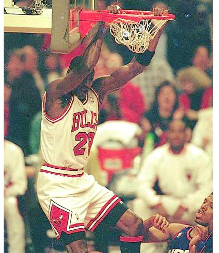 #BasketballGiftIdeas Michael Jordan
