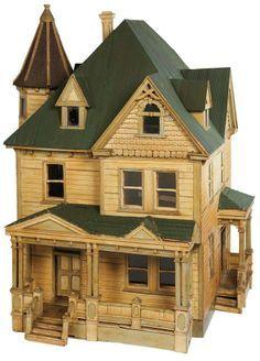 Nice old antique dollhouse.  Rick Maccione-Dollhouse Builder www.dollhousemansions.com