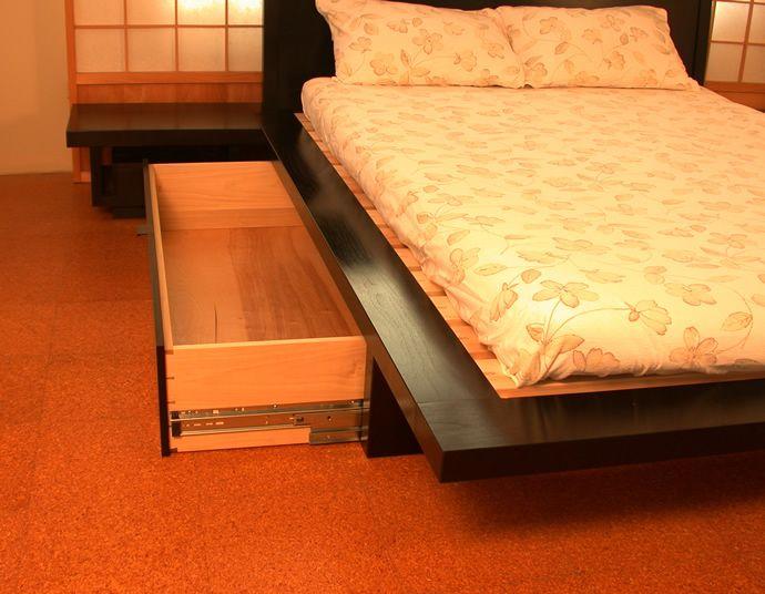 1000 ideas about japanese platform bed on pinterest. Black Bedroom Furniture Sets. Home Design Ideas