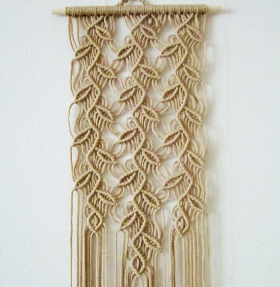 M s de 1000 ideas sobre maceteros colgantes en pinterest - Colgantes de macrame ...