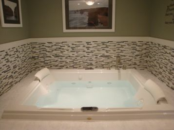 two person jacuzzi bath tub