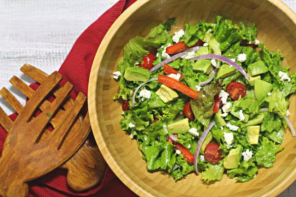 The 9 Secrets To Make A Remarkable Tossed Salad Recipe Tossed Salad Best Salad Recipes Delicious Salads