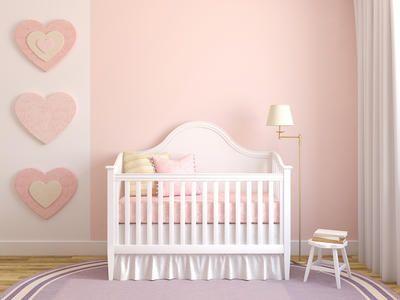 Preparar la habitación de tu bebé es una actividad perfecta para compartir con tu pareja, familia o amigos. | Blog de BabyCenter