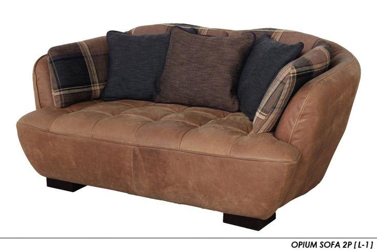 OPIUM SOFA(オピアム) 2P この前言ってたソファ。 これは2人掛けやけど、3人掛けがいい。