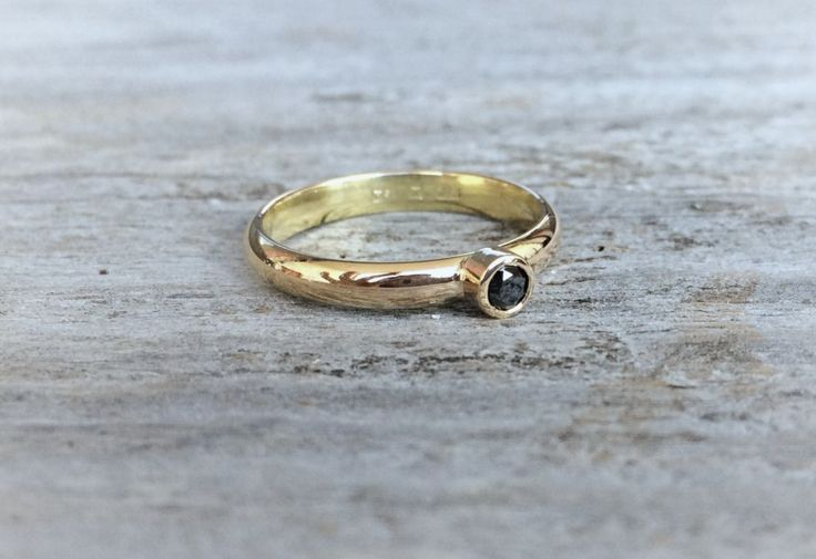 Archive: Red gold ring with black diamond via Maja Ternström Jewelry. Click on the image to see more!