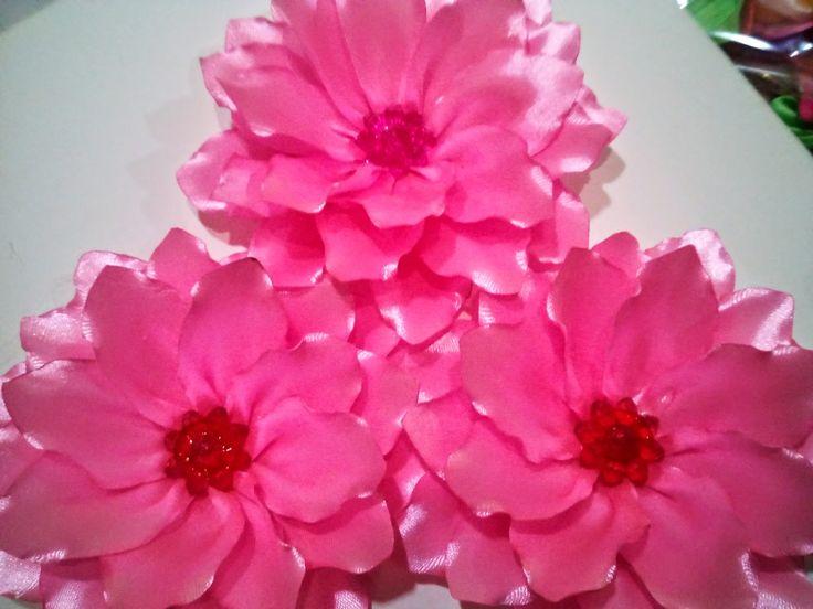 Bunga Pita Istimewa ~ Susindra Craft