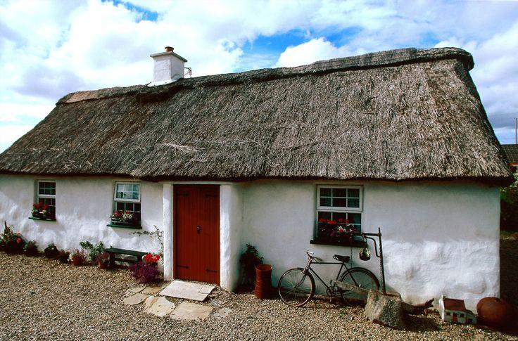 17 best images about irish cottages on pinterest cottages in ireland irish and irish cottage. Black Bedroom Furniture Sets. Home Design Ideas