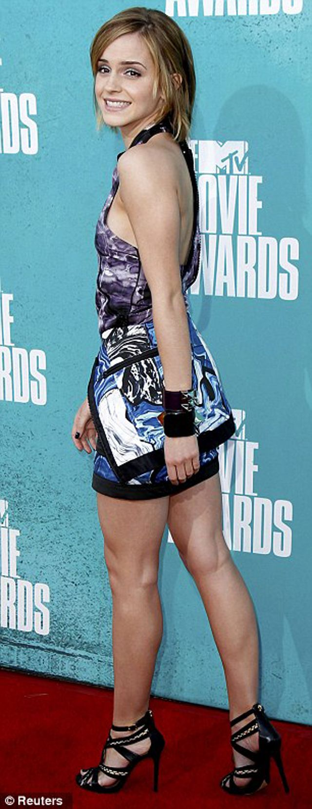 EMMA_WATSON_MTV_MOVIE_AWARDS_2012_03