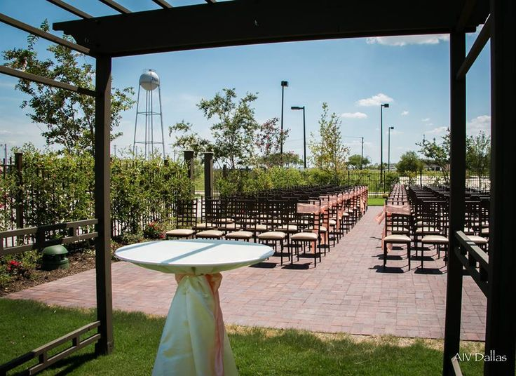 """*NOAH'S of Fairview* In the """"North Dallas"""" section at www.aivdallas.com. Go check out the walk through video of their venue! Let them know you found them through AIV. :) #AIV #AIVDallas #weddings #Dallas #venues #Jmeek"""