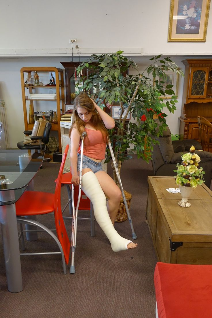 Gay leg cast