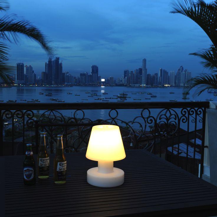 Les 153 meilleures images propos de luminaire d for Lampe design exterieur