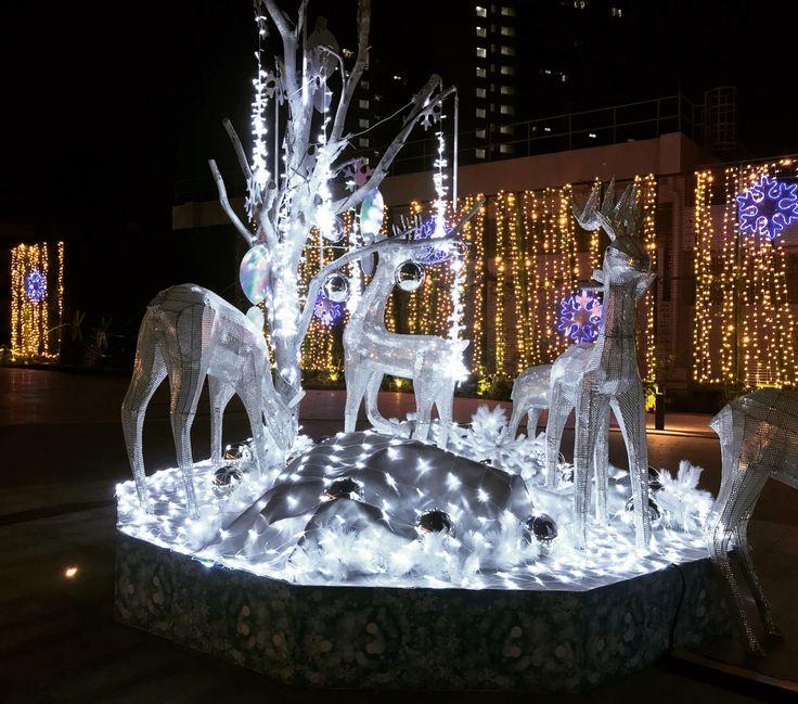 Singapore Christmas decorations ..