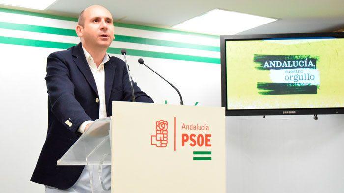 Francisco Conejo subraya que el Gobierno de Susana Díaz continua trabajando en Andalucía en un modelo universitario que premia el esfuerzo y blinda la igualdad de oportunidades.   #junta #matriculas universitarias #psoe