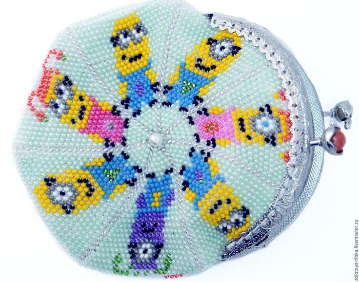 Купить Сумочка Миньоны монетница кошелек из бисера - мятный, рисунок, миньон, миньоны, сумочка