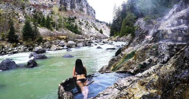 13 Bucket List Adventures To Go On With Your Girlfriend Across Canada