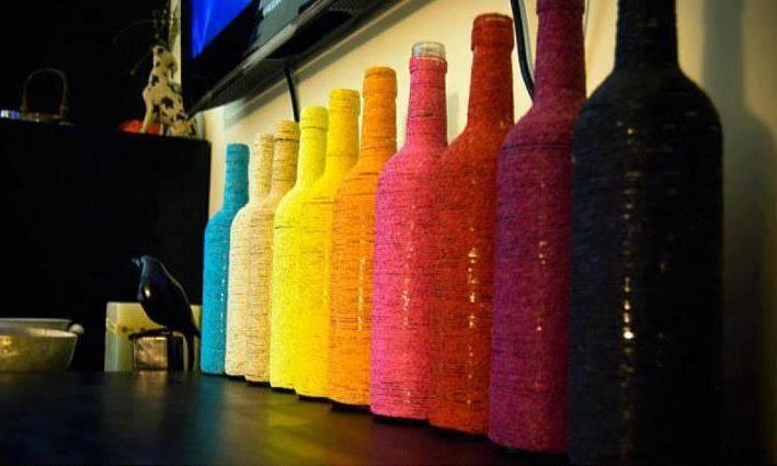 Botellas decoradas: Wine Bottle Crafts, Wraps Bottle, Crafts Ideas, Color, Yarns, Empty Wine Bottle, Bottle Wraps, Diy, Old Wine Bottle