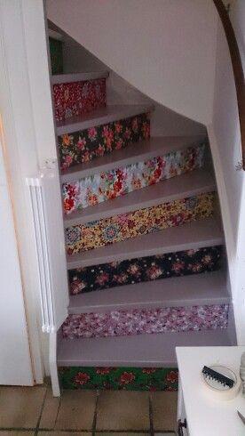 Vrolijk de trap op lopen!