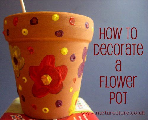 Combining art and gardening: decorate a plant pot